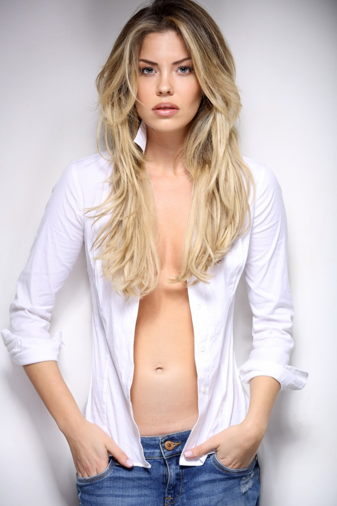 Costanza Caracciolo nude (29 photos) Bikini, Twitter, legs
