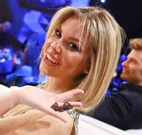Costanza Caracciolo, in Tv con Carlo Conti su Rai Uno